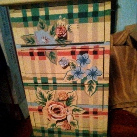 Wooden rose 4 drawer jewelry box